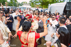 bridal jewelry,indian bride fashion,indian groom turban,milni ceremony