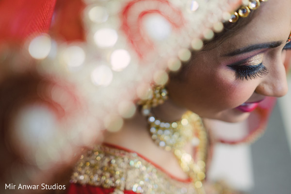 indian bridal makeup,bridal jewelry,indian bride