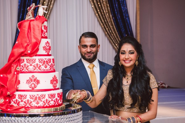indian bride and groom,indian wedding cake,indian wedding reception