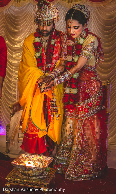 indian wedding ceremony,indian bride,indian groom,agni