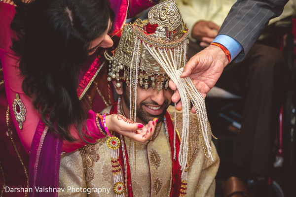 indian groom,indian wedding ceremony