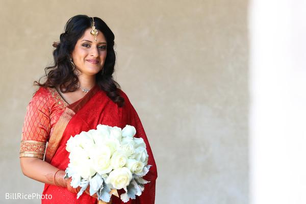 indian bride fashion,bridal fashion,bridal bouquet