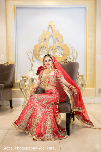 indian bride,indian bride lengha,indian bride portrait