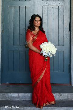 indian bride fashion,bridal bouquet,red lengha