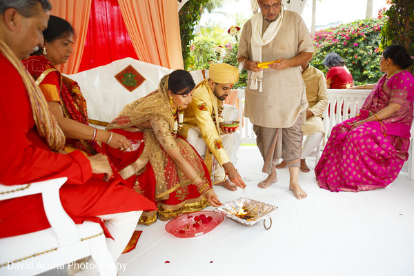indian groom,indian bride,indian wedding ceremony