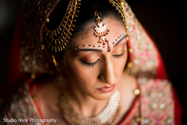 bridal jewelry,bridal tikka,indian bride accessories