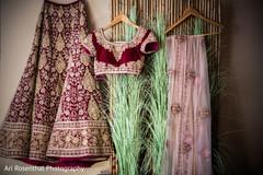 lengha,choli,dupatta,indian bride fashion,ceremony fashion