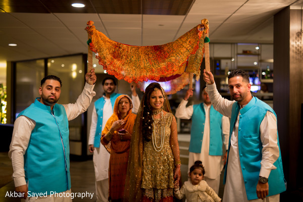 Mehndi Bride Entrance S : Maryland and virginia pakistani wedding by akbar sayed photography