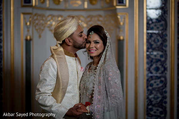 indian bride and groom portrait,indian bride fashion,indian groom fashion