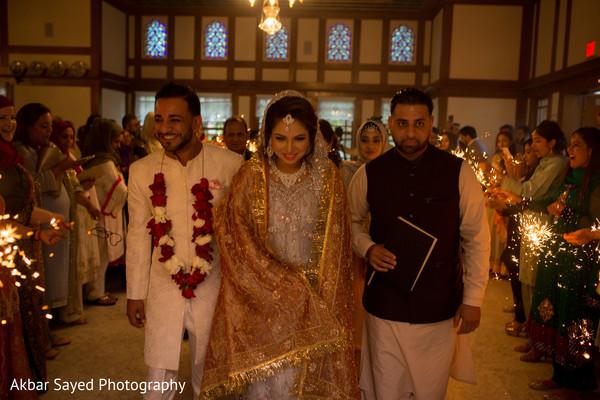 indian bride and groom,indian wedding ceremony,indian bride fashion,indian groom fashion