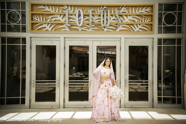 indian bride fashion,indian bride lengha,indian bridal bouquet