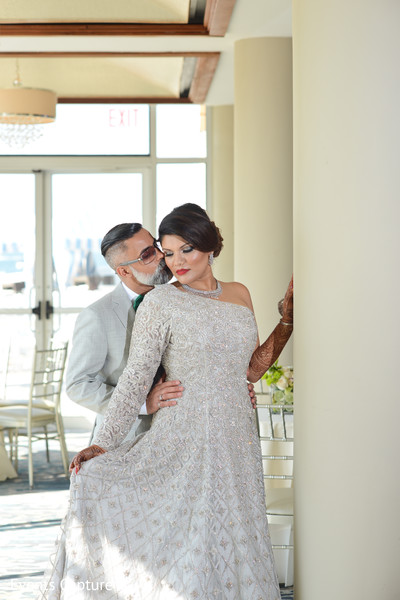 reception fashion,indian wedding reception,indian bride,indian groom
