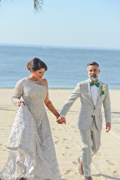 indian wedding photography,indian bride,indian groom,sea side wedding photography