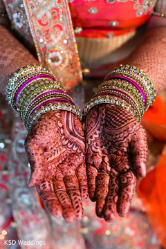 mehndi,indian bride bangles,indian bride accessories,henna