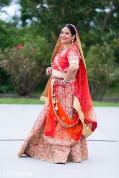 indian bride,indian wedding photography,lengha