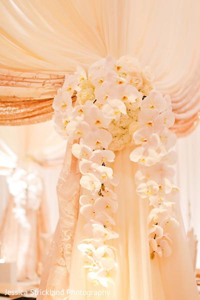 Marvelous indian wedding ceremony floral decor