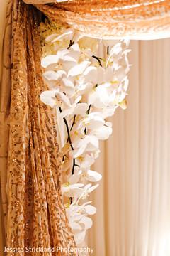 Stunning indian wedding ceremony floral decor