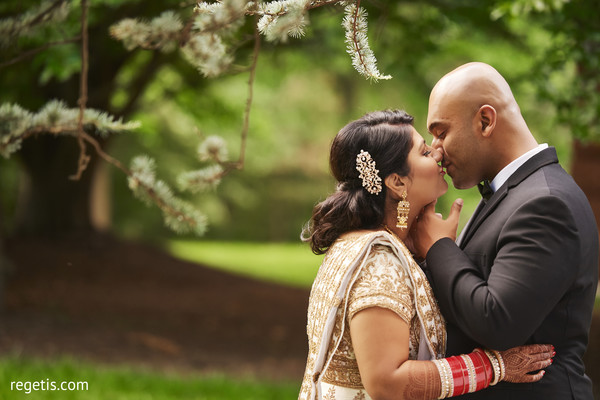 bridal jewelry,indian bride and groom,outdoor photography