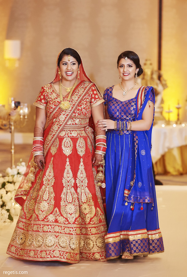 indian bride lengha,indian bridesmaids' fashion,indian wedding ceremony