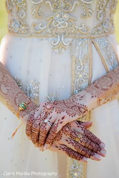 indian bride,bridal mehndi,indian fusion wedding photography,henna