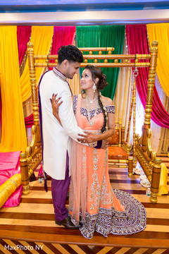 indian bride and groom,indian bride fashion,indian groom fashion,bridal jewelry