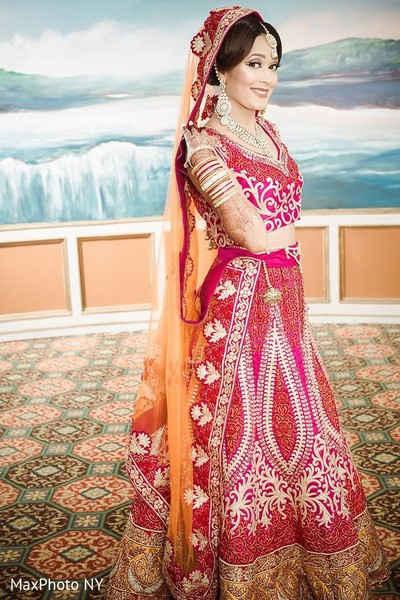 Gorgeous indian bride in Jamaica, NY Indian Wedding by MaxPhoto NY