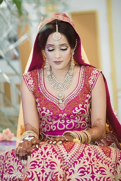Beautiful indian bride in Jamaica, NY Indian Wedding by MaxPhoto NY