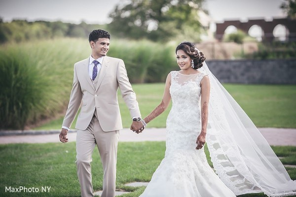 Amazing newlyweds photo in Jamaica, NY Indian Wedding by MaxPhoto NY