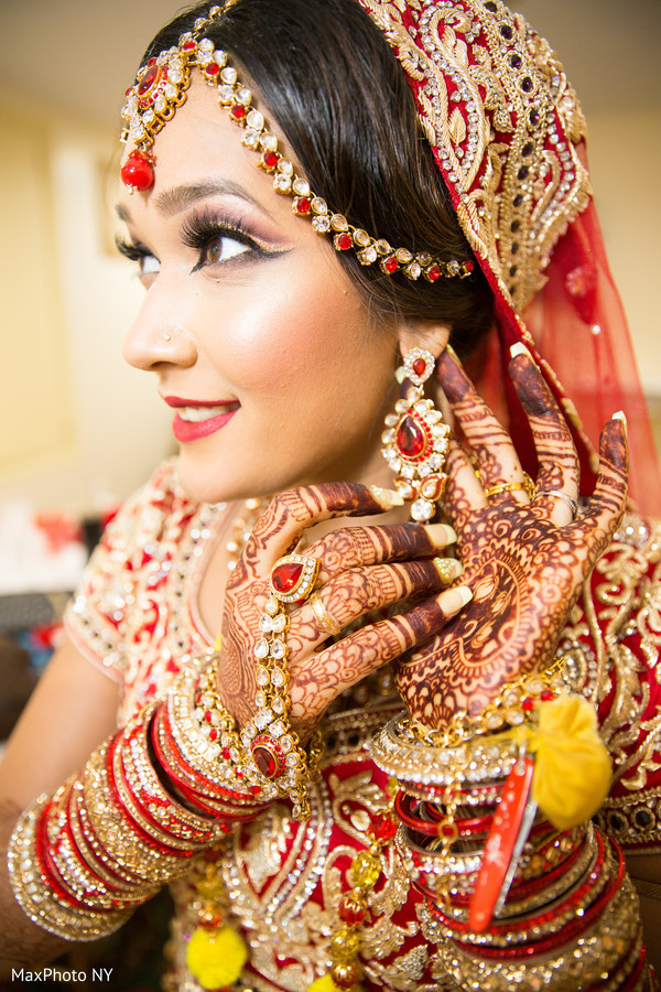 Beautiful indian bride getting ready in Jamaica, NY Indian Wedding by MaxPhoto NY