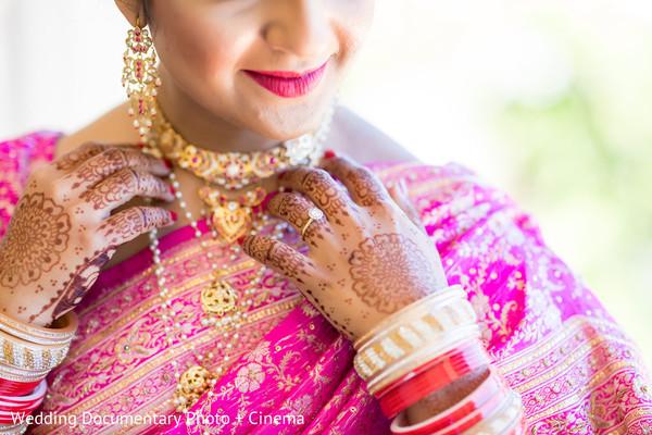 bridal jewelry,bridal mehndi,indian bride