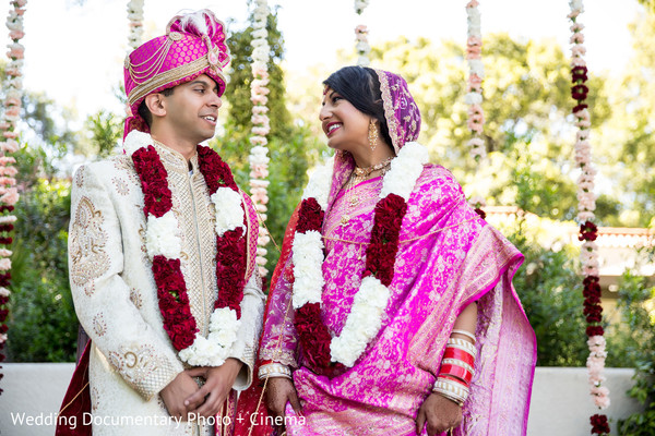 indian bride and groom,indian wedding ceremony,bridal jewelry