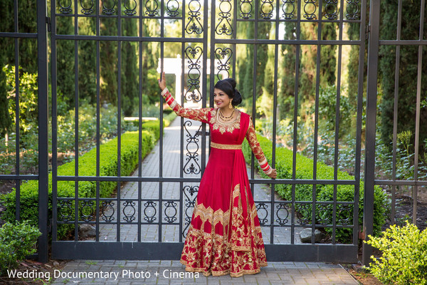 outdoor photography,indian bride fashion