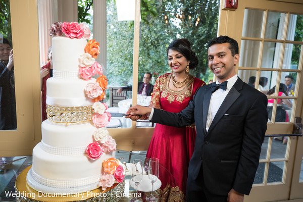 indian wedding cake,indian wedding cake design,indian wedding reception,indian bride and groom
