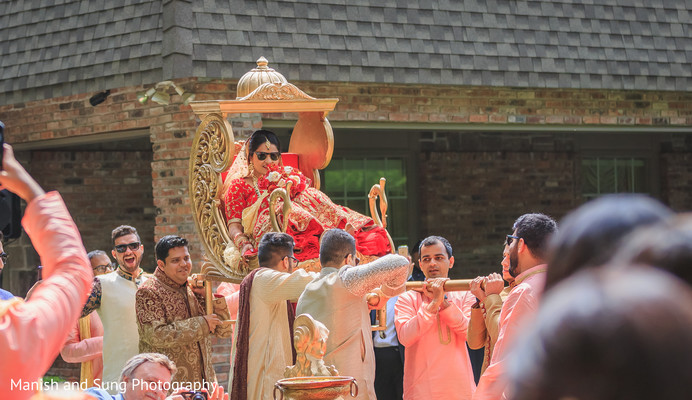 indian wedding ceremony,indian bride,palanquin