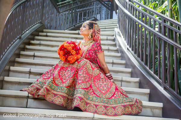 indian bride fashion,indian bridal jewelry,outdoor photography