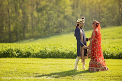 Captivating indian bride and groom photo shoot