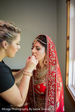 bridal jewelry,indian bride fashion,indian bride getting ready,indian bride hair and makeup