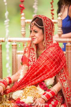 indian wedding ceremony,indian bride fashion,indian bridal jewelry