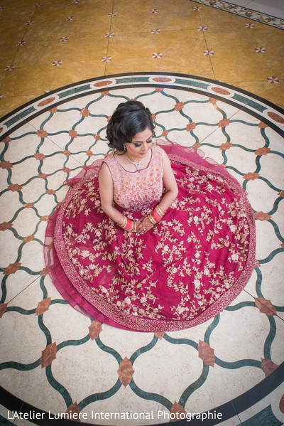 indian bride,indian bride reception fashion,maharani's bridal bangles.