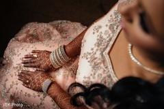 indian bride,indian bride fashion,bridal jewelry,indian bridal mehndi