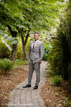 indian groom,suit,indian groom fashion,indian groom portrait