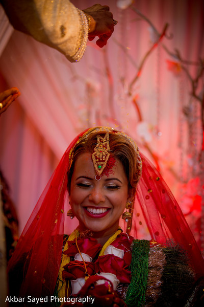 indian wedding ceremony,indian bride fashion,sindhoor wedding ritual