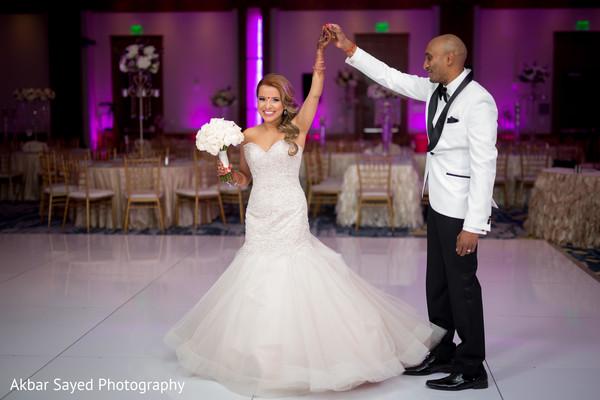indian wedding reception,indian bride fashion,indian groom fashion,indian bridal bouquet
