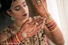 indian bride fashion,bridal jewelry,mehndi art