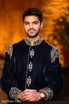 pakistani groom,blue sherwani,portrait,indian wedding photography