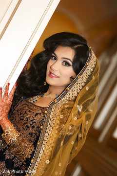 pakistani bride,pakistani bridal wear,pre-wedding fashion