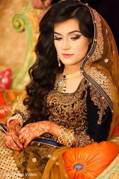 pakistani bride,pakistani wedding photography,mehndi