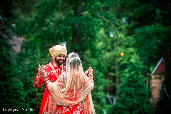 indian bride and groom,indian wedding photography,first look photography