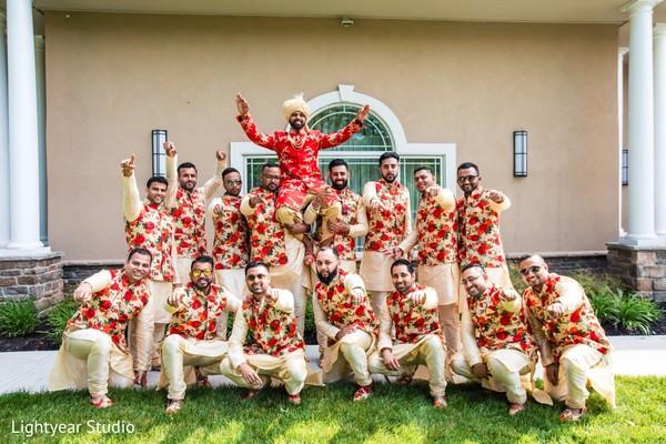 indian groom,indian wedding photography,indian groomsmen