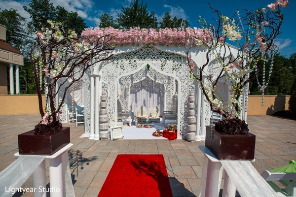 indian wedding ceremony,floral and decor